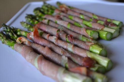 Prosciutto wrapper asparagus