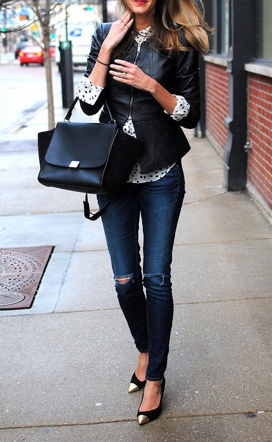 Worn in jeans, a great bag and shoes and the perfect fitting leather jacket are the best fall uniform if you ask me